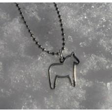 Halssmycke med silhuett av dalahäst