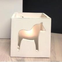 Ljuslykta dalahäst